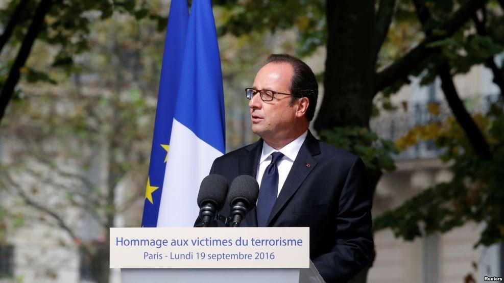 Rinden homenaje a mexicanas muertas en atentados de París