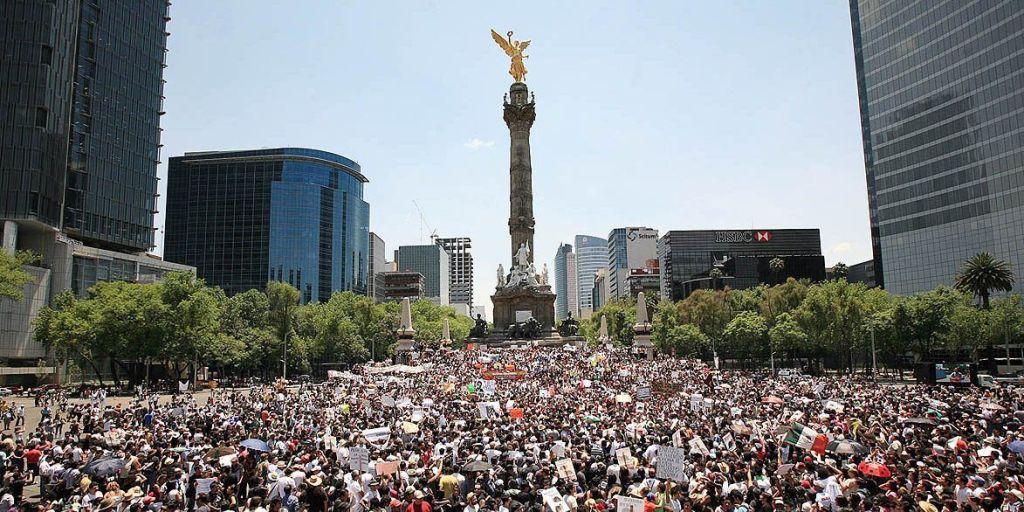 Café Político: demagogia contra la corrupción - Foto de archivo