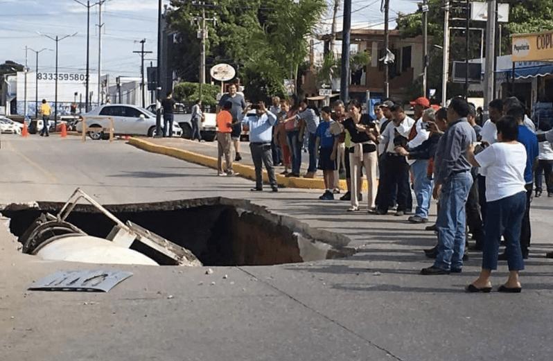 El socavón en Ciudad Madero. Foto de Twitter