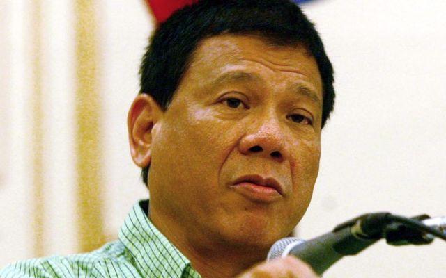Presidente de Filipinas continúa insultando a Obama
