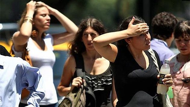 Prevén ola de calor en el país con temperaturas de hasta 55 grados