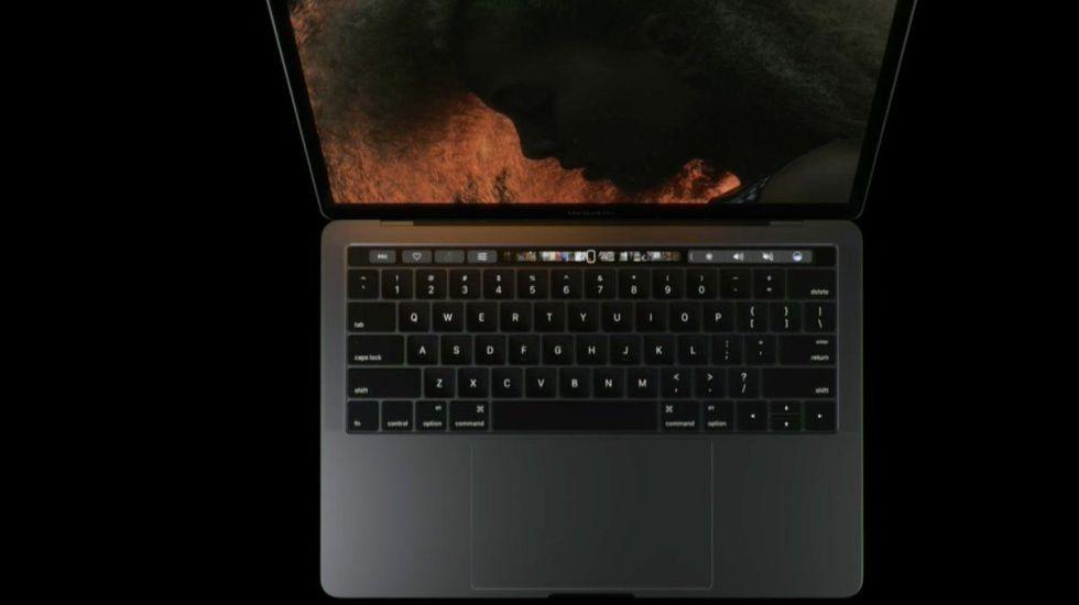 Nueva MacBook Pro es incompatible con iPhone 7 - Foto de Apple