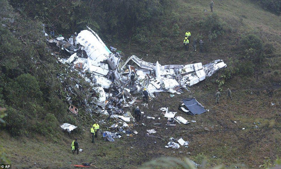 El avión accidentado donde viajaba el Chapecoense. Foto de AP