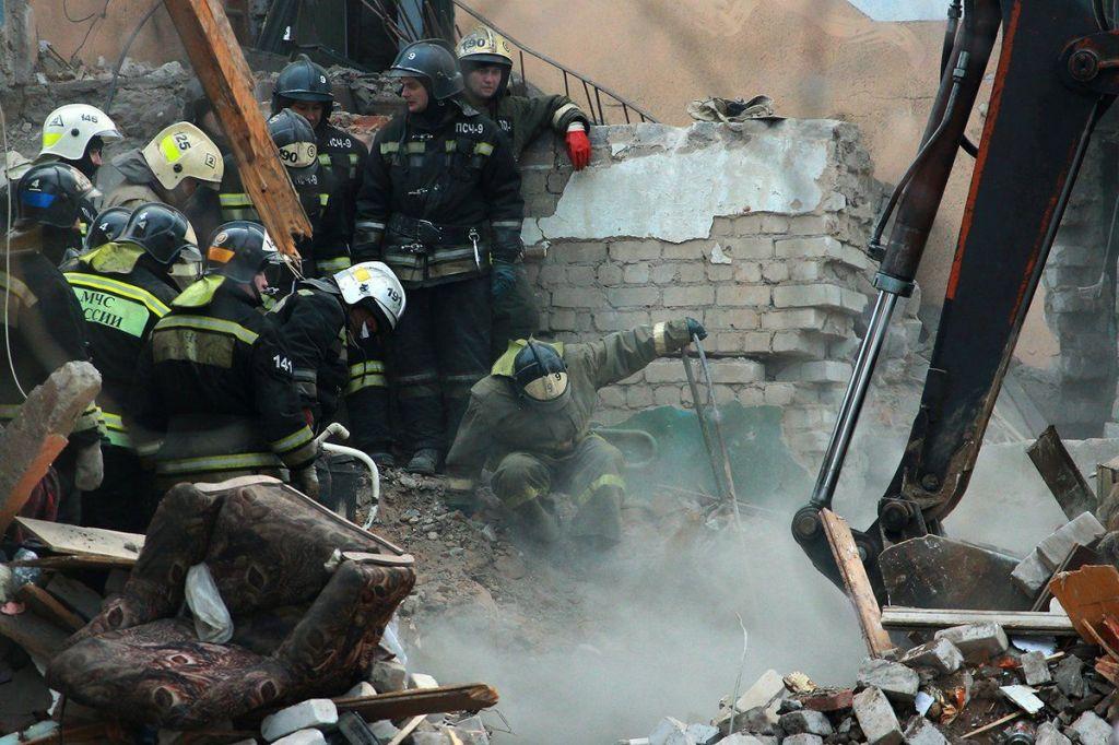 Mueren 6 personas por explosión de gas en Rusia