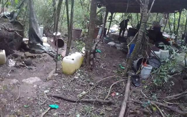 Desmantelan 3 laboratorios de drogas en Sinaloa