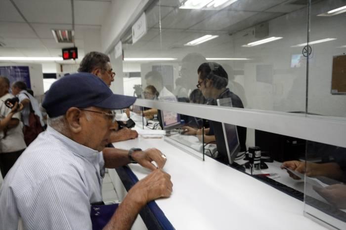 Bancos no abrirán el 12 de diciembre - Foto de internet.