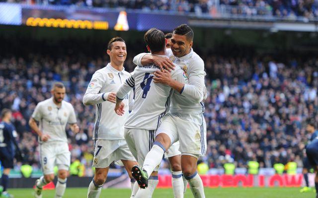 Real Madrid elimina cruz de su escudo para vender más camisetas