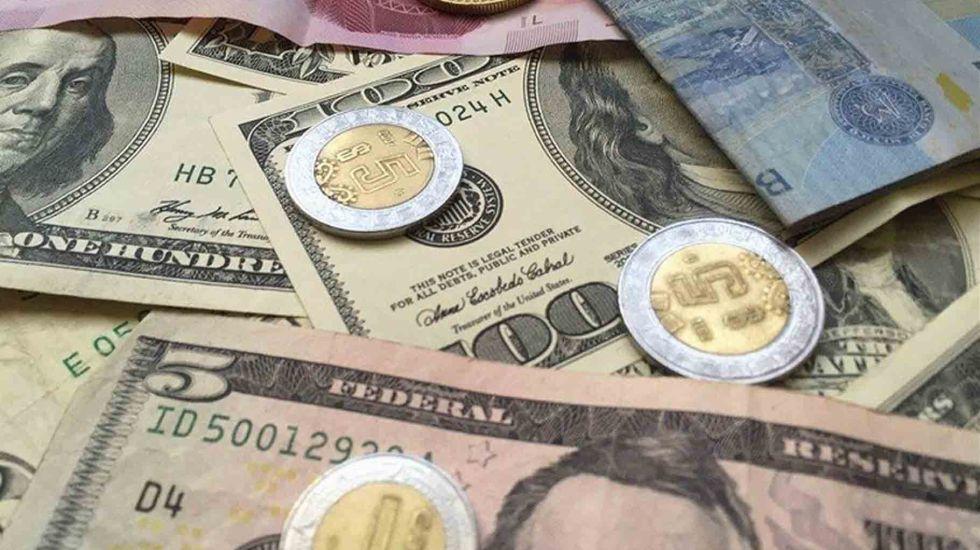 Dólar cierra hasta en 22.36 pesos a la venta - Foto de Reuters