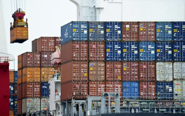Empresas estadounidenses en México serán quienes financiarán muro: Concamin - Foto de AP