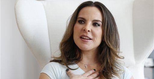 Descartan a Kate del Castillo para recibir la Belisario Domínguez - Foto de AP