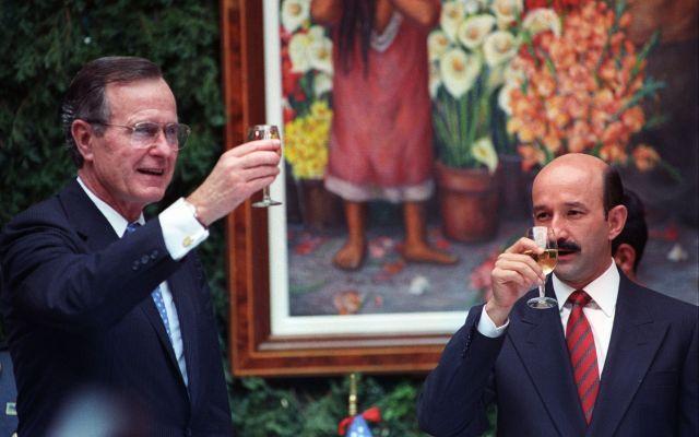 Bush quería incluir el petróleo en el TLC: Salinas de Gortari