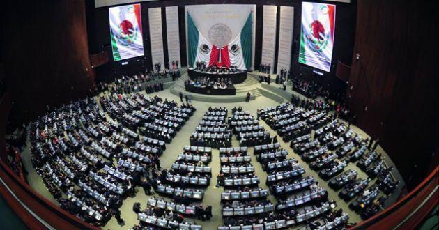 Diputados aprueban uso medicinal de mariguana - Foto de archivo
