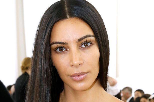 Kim Kardashian publica tuit contra la prohibición musulmana