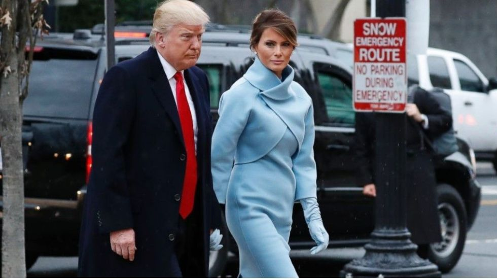 Melania Trump le da 'me gusta' a tuit que se burla de su matrimonio