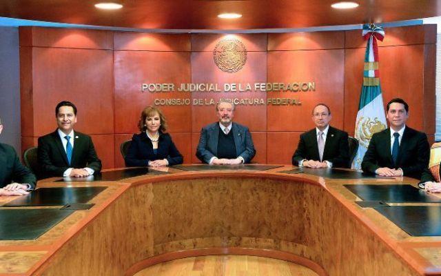 Destituyen a 5 servidores públicos por hallazgo de dinero en auto del CFJ - Foto de internet