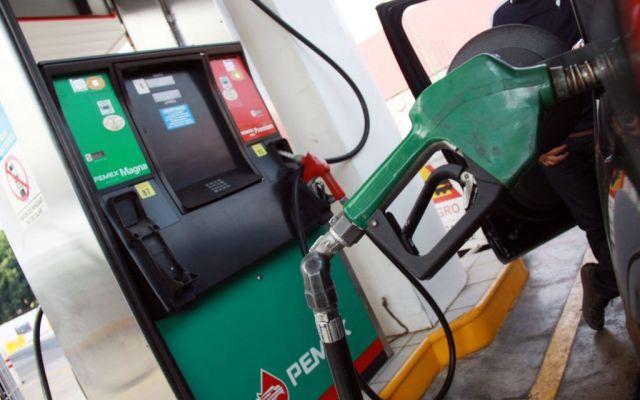 Precios de la gasolina bajarán a partir de 2019: CRE - Foto de archivo
