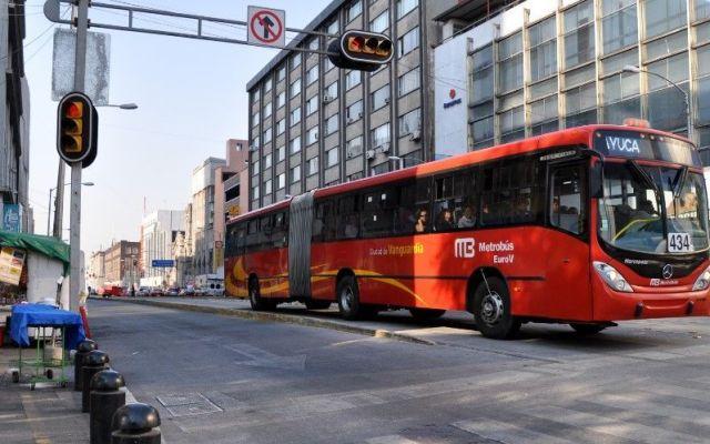 Horario especial para Metro y Metrobús por Semana Santa