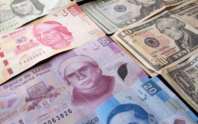 Dólar interbancario abre en hasta 20 pesos