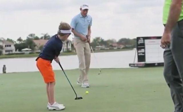 Video: niño de 6 años juega golf con un solo brazo