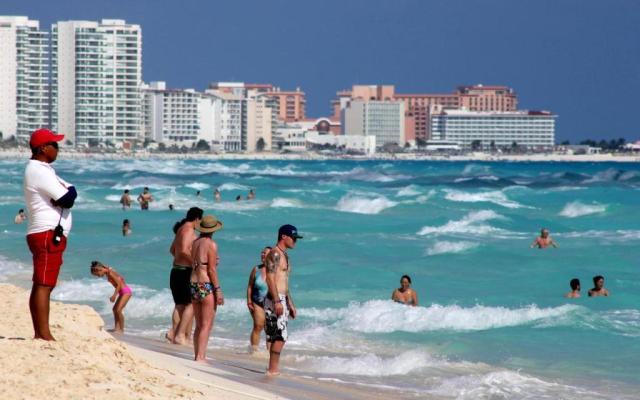 Turismo extranjero aumenta 6.5 por ciento