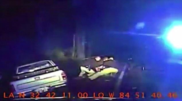 Video: policías matan a joven de 18 años tras persecución