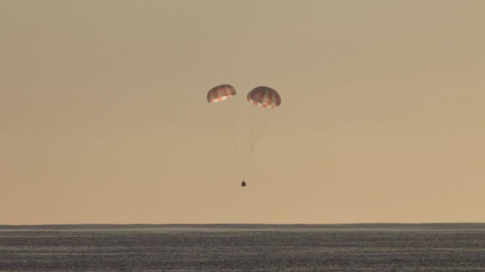 Regresa a la Tierra cápsula de SpaceX