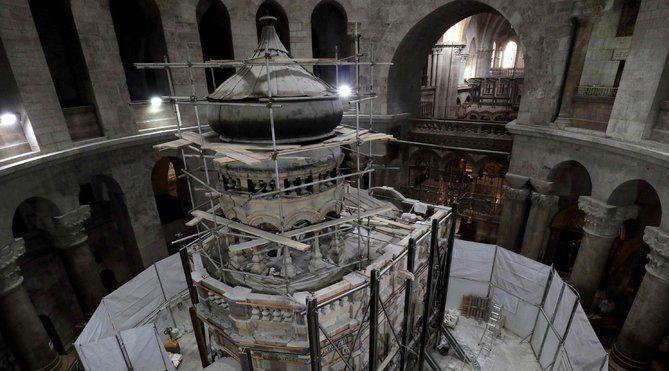Reabren tumba de Jesucristo - Foto de AP