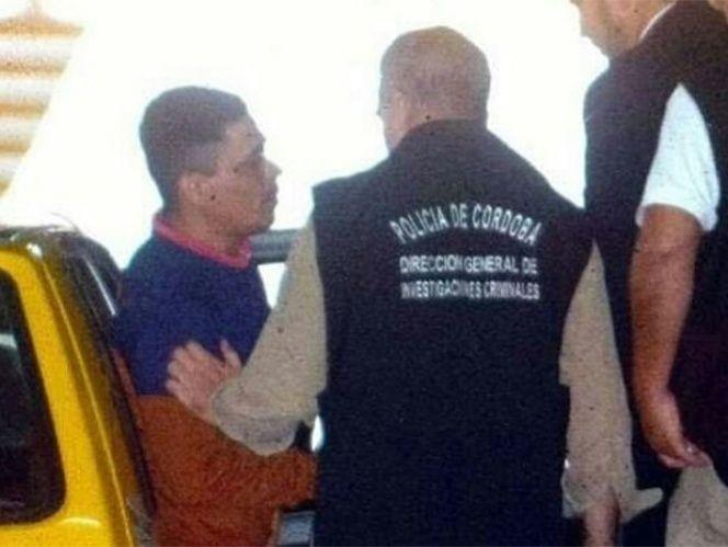 Se entrega autor del homicidio de joven que fue arrojado desde las gradas - Foto de @InfoPirataCAB