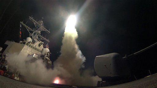 Condenan ataque de EE.UU. a base militar en Siria - Foto de AP