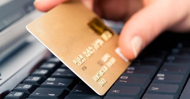 Banamex y Santander los bancos con más reclamos por comercio electrónico - Foto de Internet