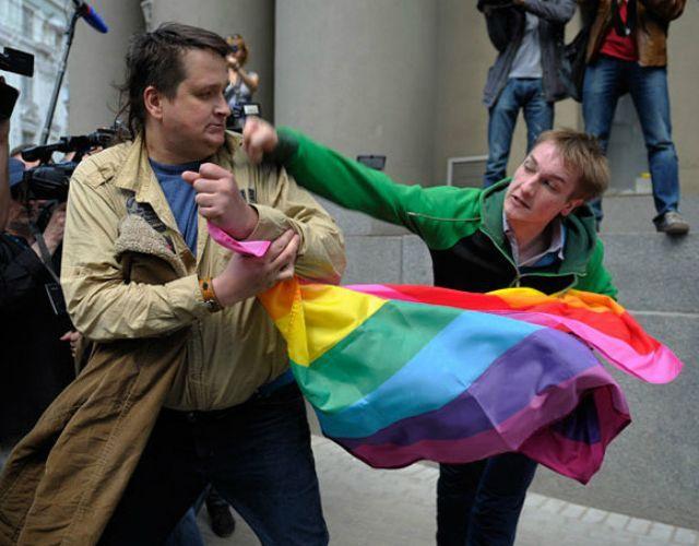 Rusia niega cacería de homosexuales en Chechenia