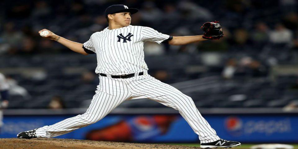 Pitcher mexicano debuta con Yankees - Foto de @MLB_Mexico