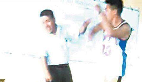 #Video Alumno de secundaria golpea a maestro en Iztapalapa