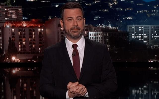 #Video Jimmy Kimmel rompe en llanto al narrar la operación de su hijo - Captura de pantalla