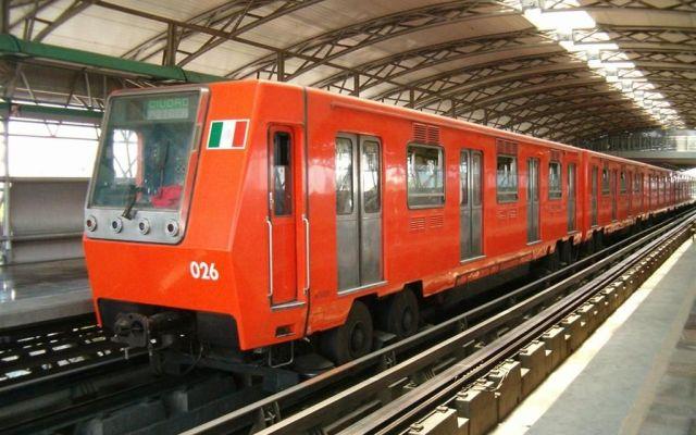 ¿Por qué el Metro de la Ciudad de México es naranja? - Foto de Internet