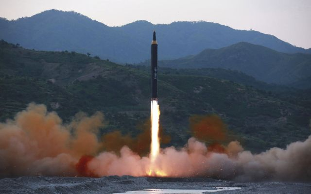 """Corea del Norte promete """"más regalos"""" a EE.UU. - Foto de AP"""