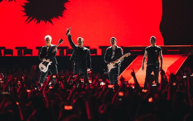 U2 dona refugios de emergencia para dos mil familias afectadas - Foto de @U2