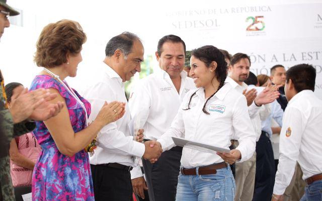 Capacitan comedores comunitarios ante contingencias en Guerrero