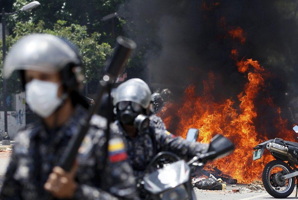 México rechaza destitución de fiscal general de Venezuela - Foto de AP