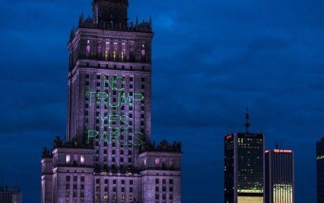El mensaje con el que Greenpeace recibió a Trump en Polonia - Foto de Greenpeace