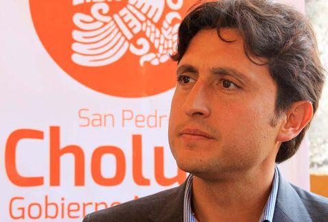 Alcalde de San Pedro Cholula sufre caída de caballo