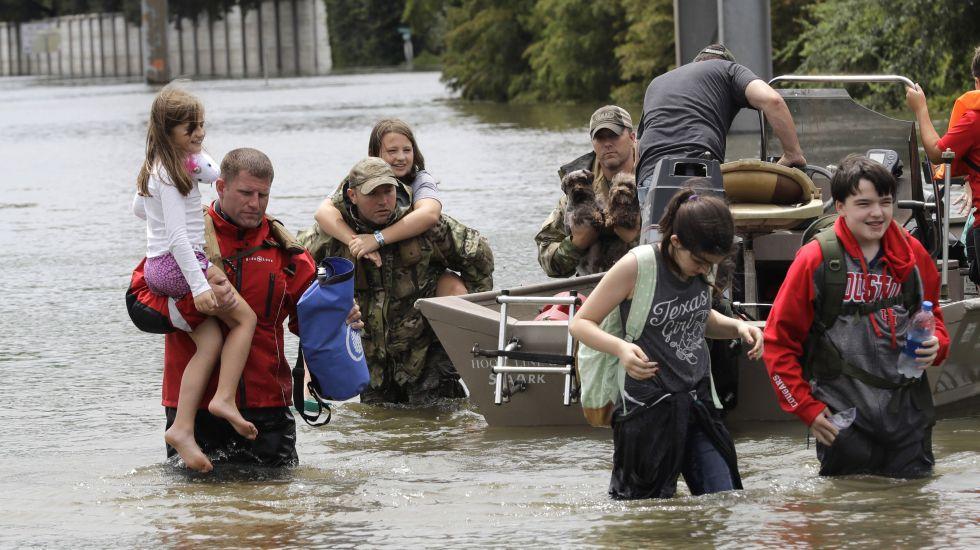 Texas espera larga reconstrucción tras el paso de Harvey - Foto de AP/David J. Phillip