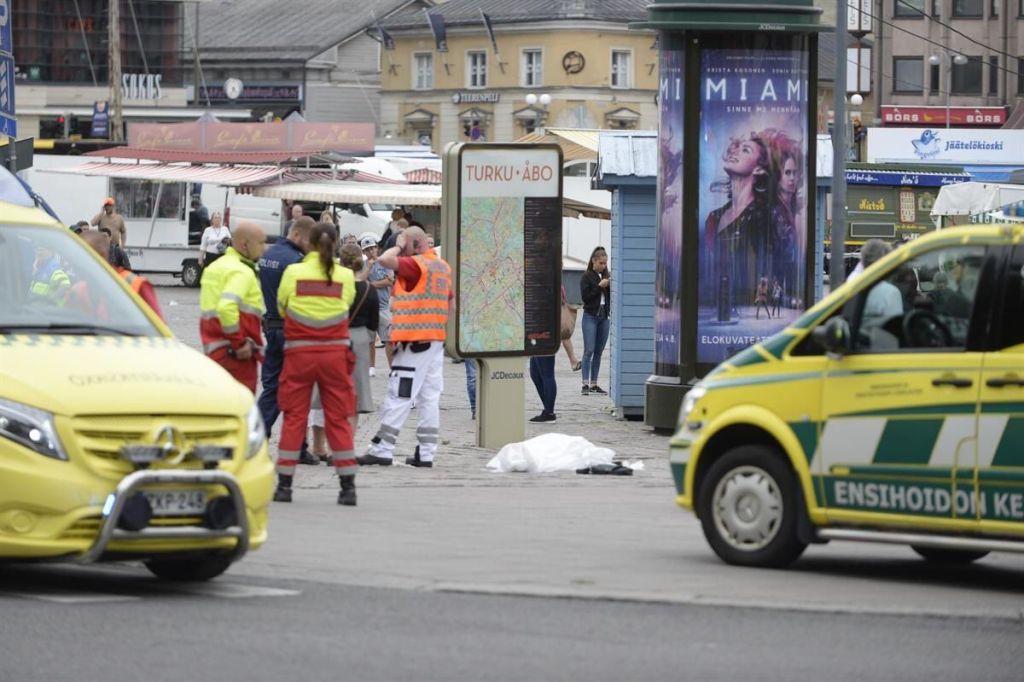Ataque con cuchillo en Finlandia deja al menos dos muertos