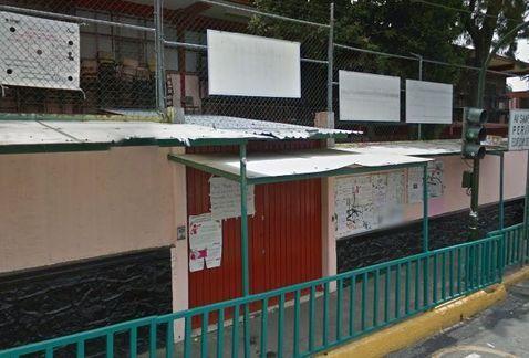 Evacuan kínder por riesgo de socavón en la Magdalena Contreras