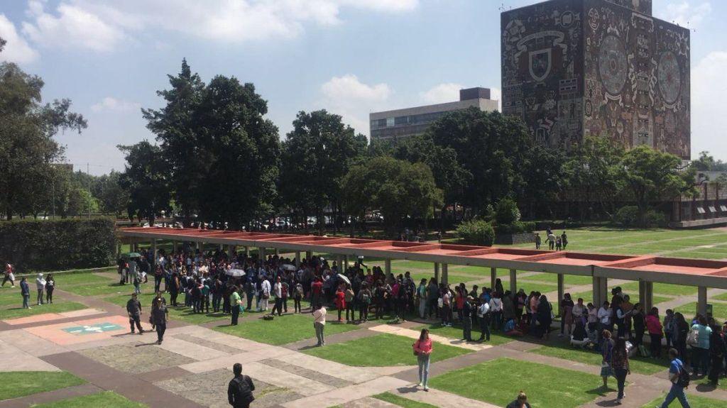 UNAM aumentará cupo tras revisión de exámenes - Foto de @xlbya68