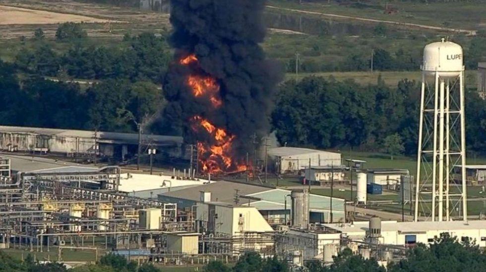 Se incendia planta química en Texas por inundaciones de Harvey - Foto de ABC News
