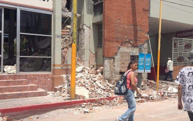 Teléfonos para que revisen su casa tras un sismo - Foto de @PVanglezz