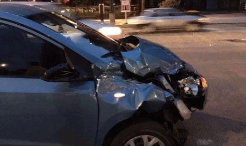 Volcadura deja dos lesionados en Paseo de la Reforma y Bucareli - Foto de internet