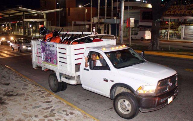 Acapulco envía camiones con herramientas a Ciudad de México - Foto de @AcapulcoGob