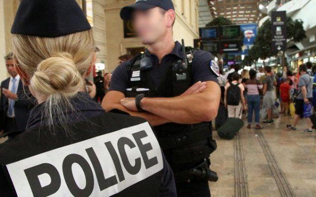 Atacan con ácido a cuatro turistas estadounidenses en Francia